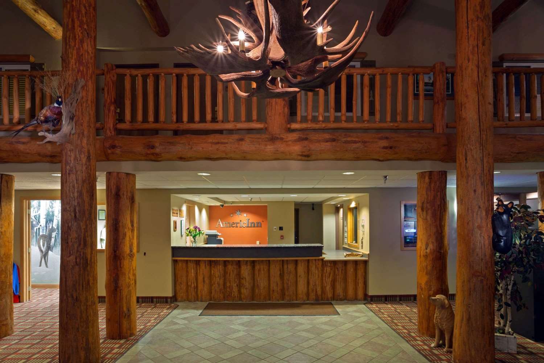 Lobby - AmericInn Pequot Lakes