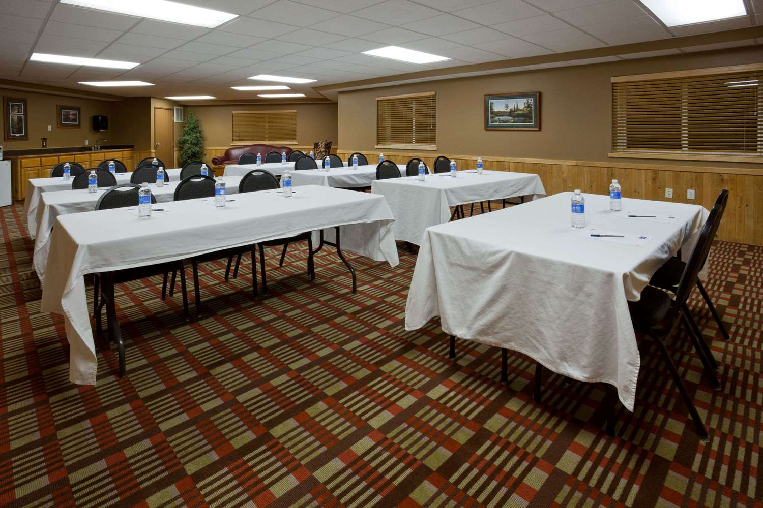 Meeting Facilities - AmericInn Pequot Lakes