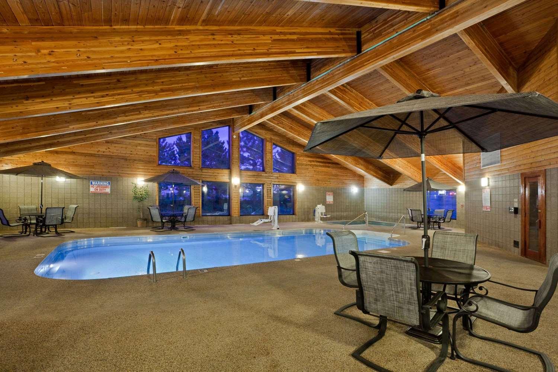 Pool - AmericInn Lodge & Suites Mitchell