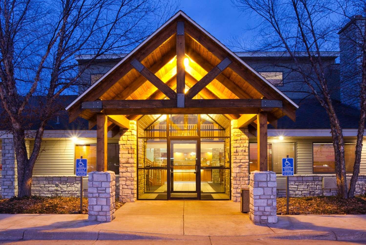 Exterior view - AmericInn Lodge & Suites Princeton