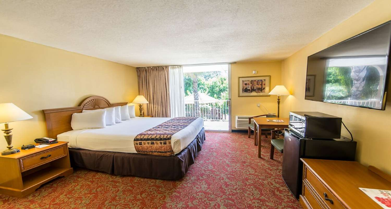 Amenities - SureStay Plus Hotel by Best Western Bakersfield