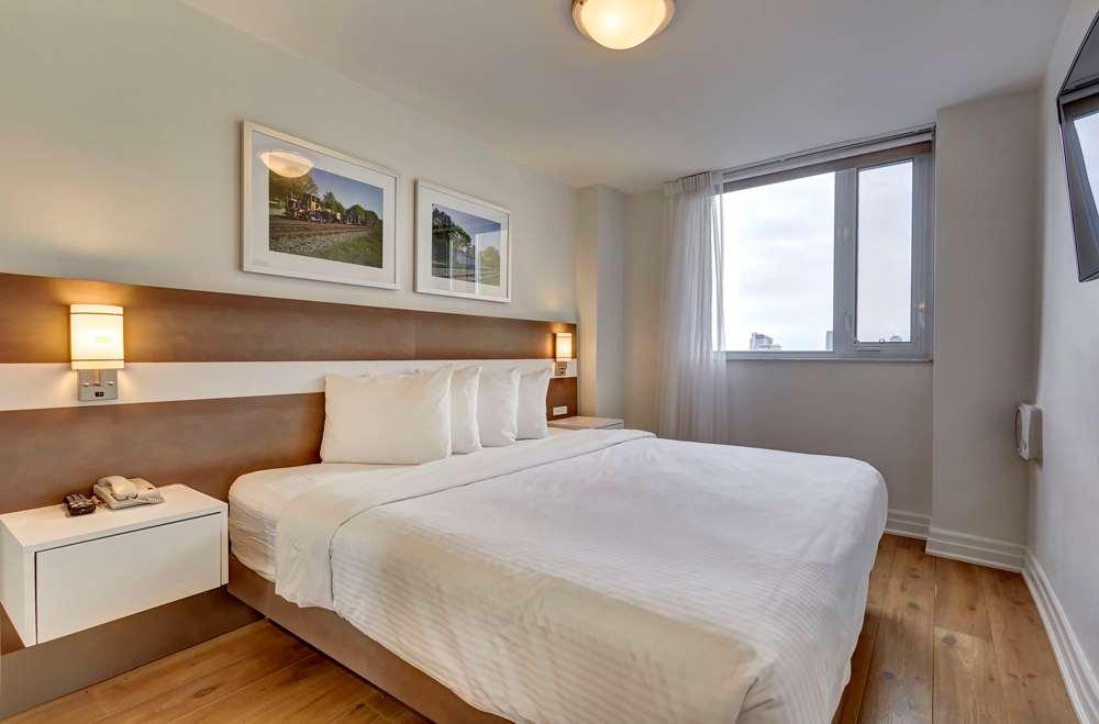 Room - Town Inn & Suites Toronto