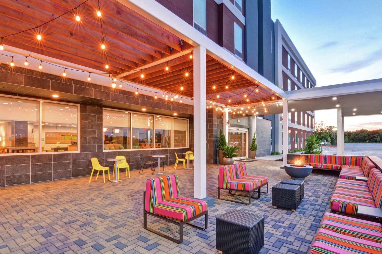 Home2 Suites by Hilton La Porte, TX
