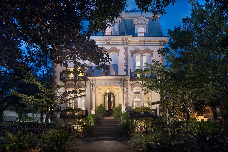 Exterior view - Hamilton-Turner Bed & Breakfast Inn Savannah