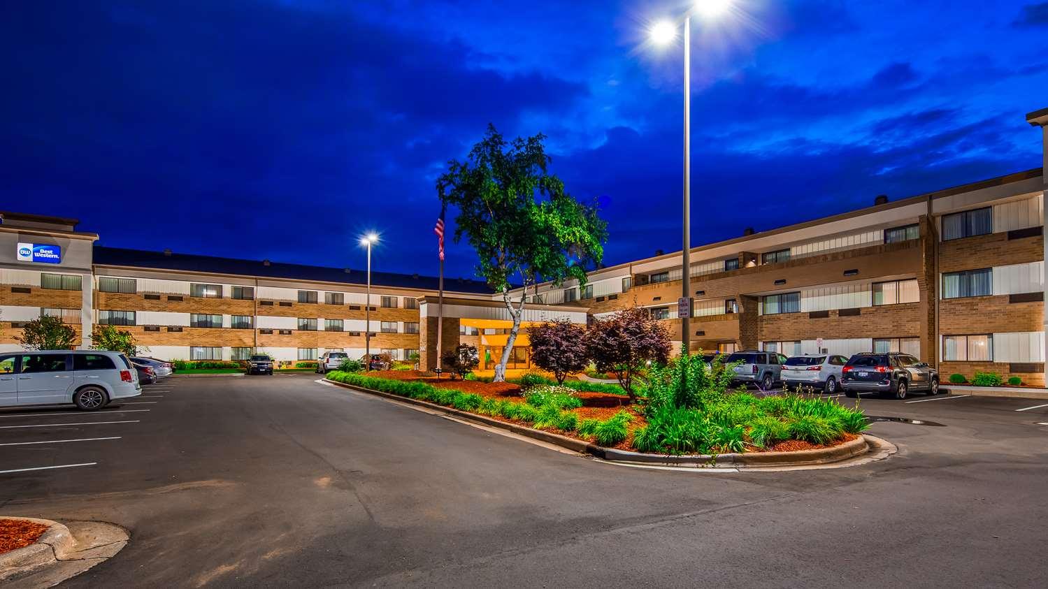 Exterior view - Best Western Warren Hotel