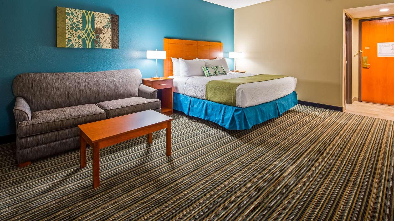 Room - Best Western Warren Hotel