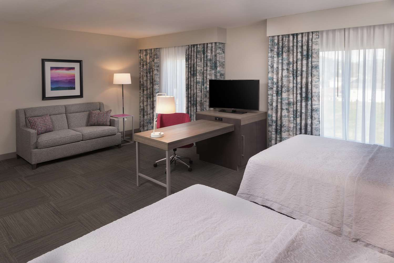 Room - Hampton Inn & Suites Biltmore Area Asheville