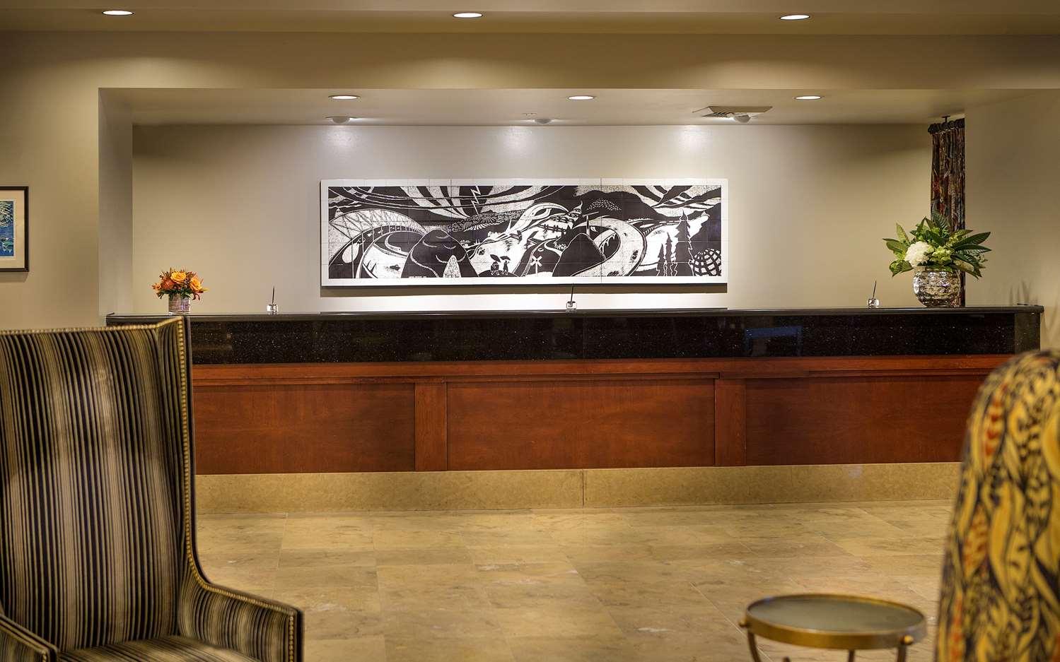 Lobby - Paramount Hotel Portland