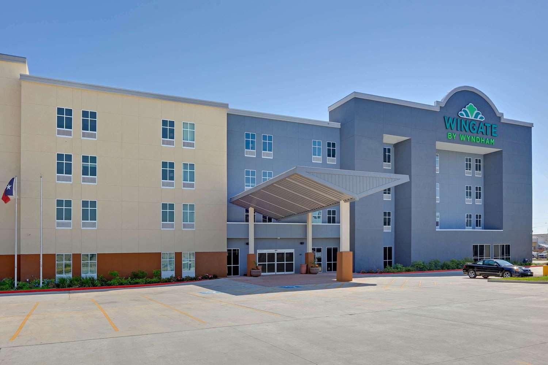 Exterior view - Wingate by Wyndham Hotel Corpus Christi