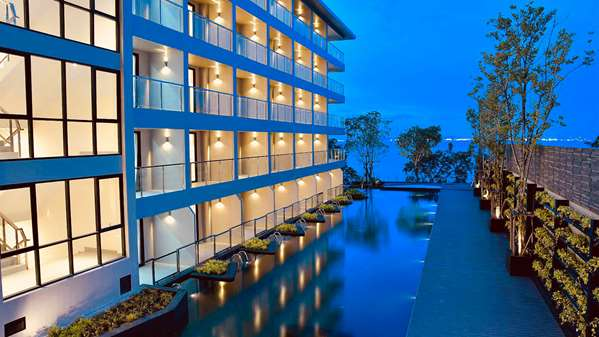 Hôtel GOLDEN TULIP PATTAYA BEACH RESORT
