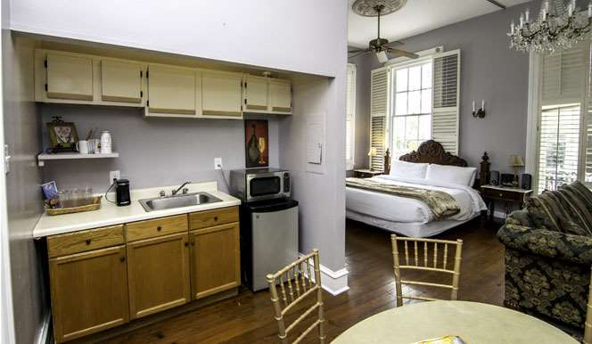 Amenities - Rathbone Mansions near French Quarter New Orleans