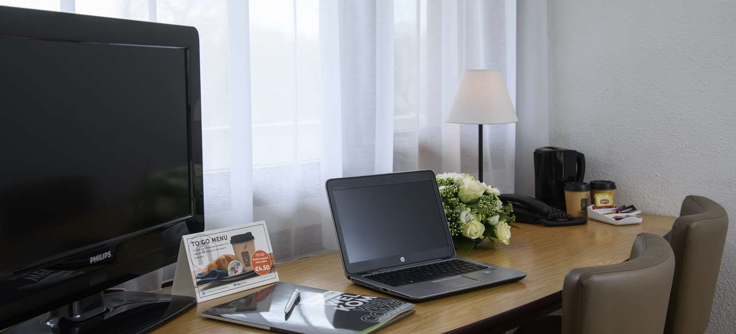Office Room - Hotel CAMPANILE GENT / GAND