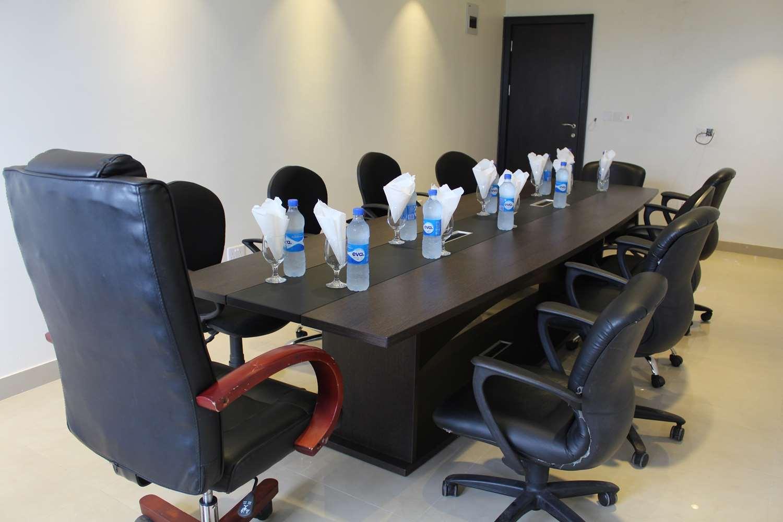 Oyo Meeting Room