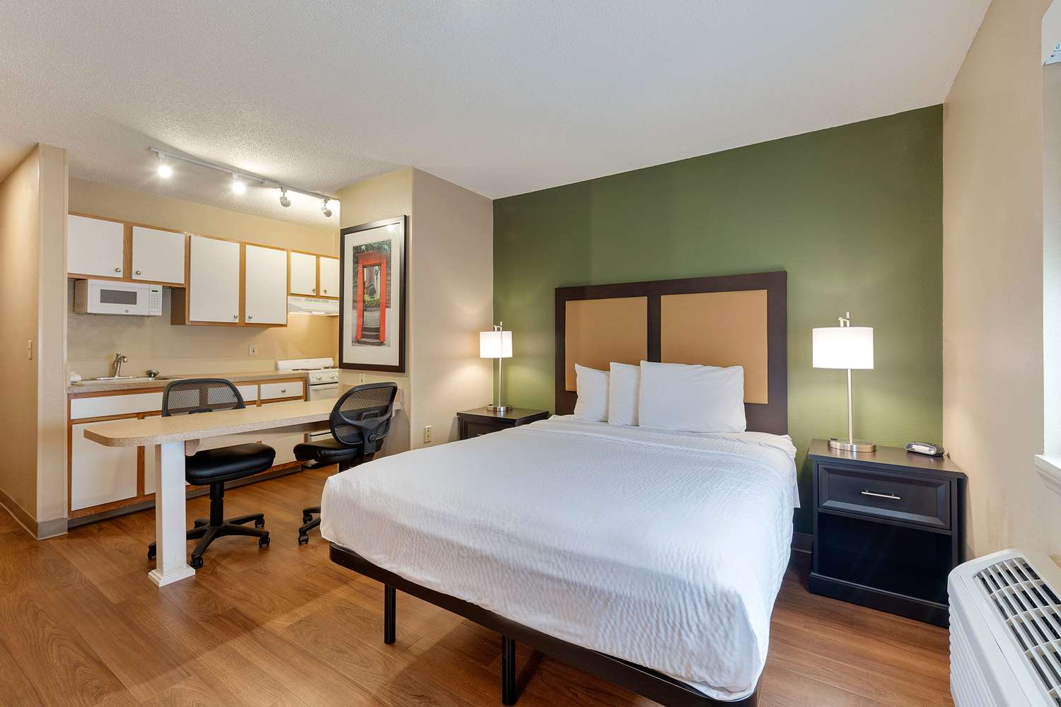 Room - Extended Stay America Hotel Executive Park Charlotte