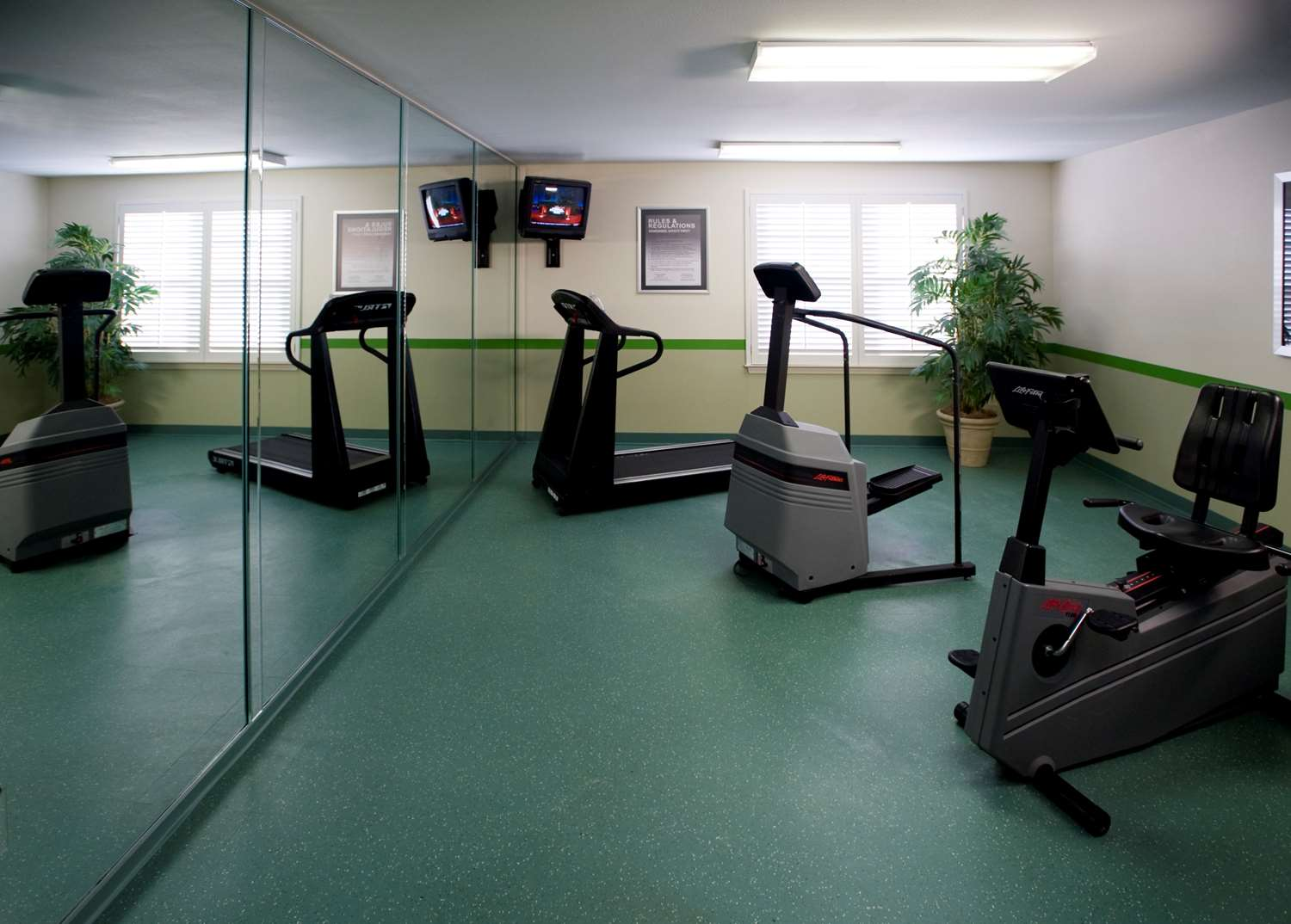 Fitness/ Exercise Room - Extended Stay America Hotel West Little Rock