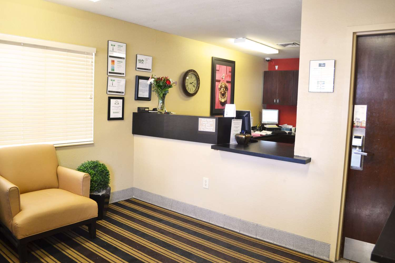 Lobby - Extended Stay America Hotel Lakewood South