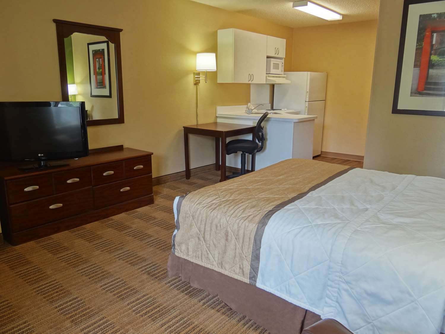 Room - Extended Stay America Hotel South Santa Rosa
