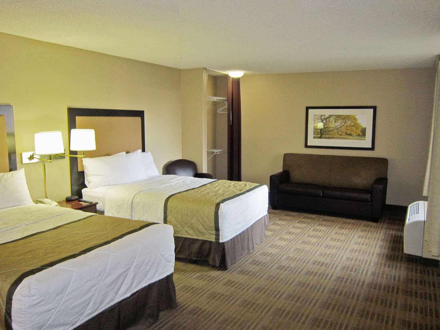 Room - Extended Stay America Hotel Warwick