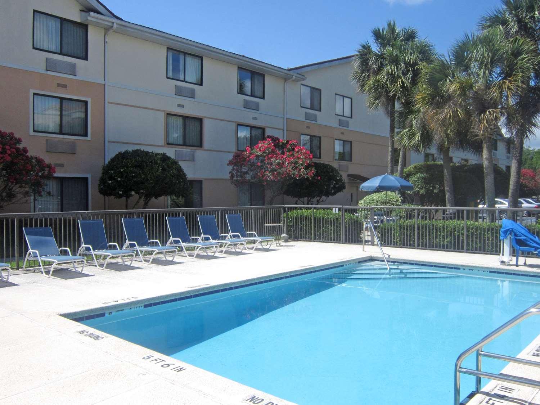 Pool - Extended Stay America Hotel Lenoir Avenue Jacksonville