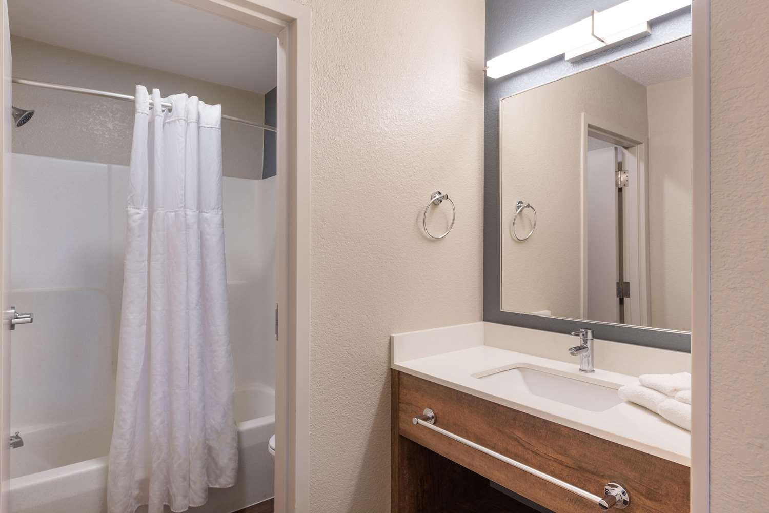 Room - Extended Stay America Hotel Pineville-Matthews Rd Charlotte