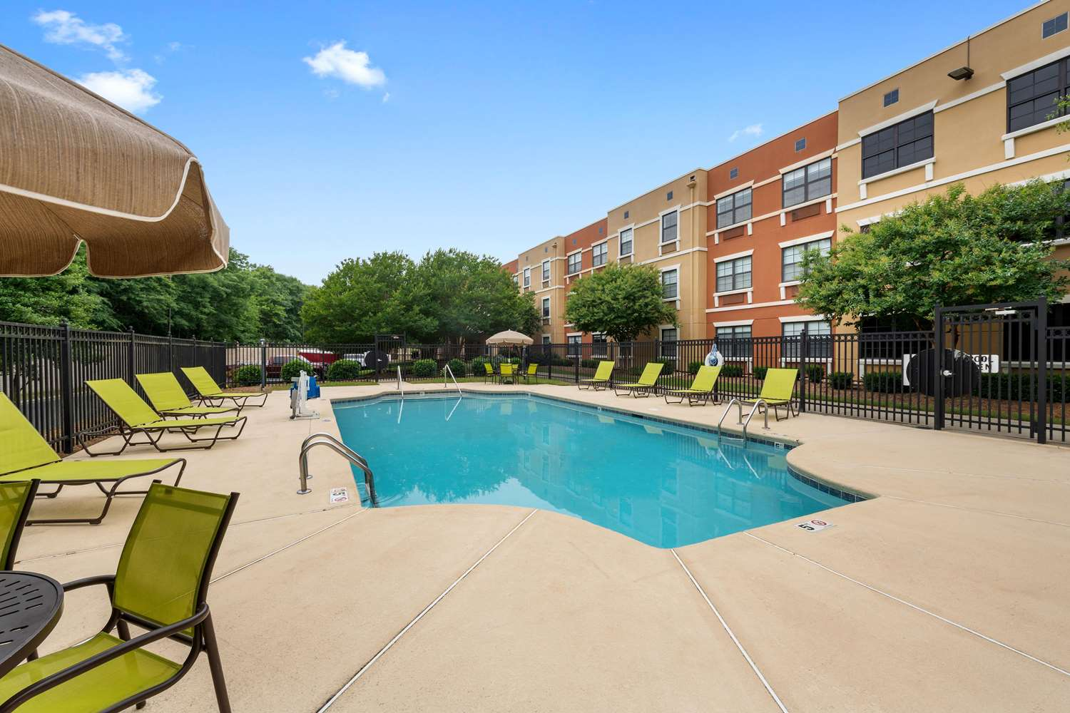 Pool - Extended Stay America Hotel Pineville-Matthews Rd Charlotte