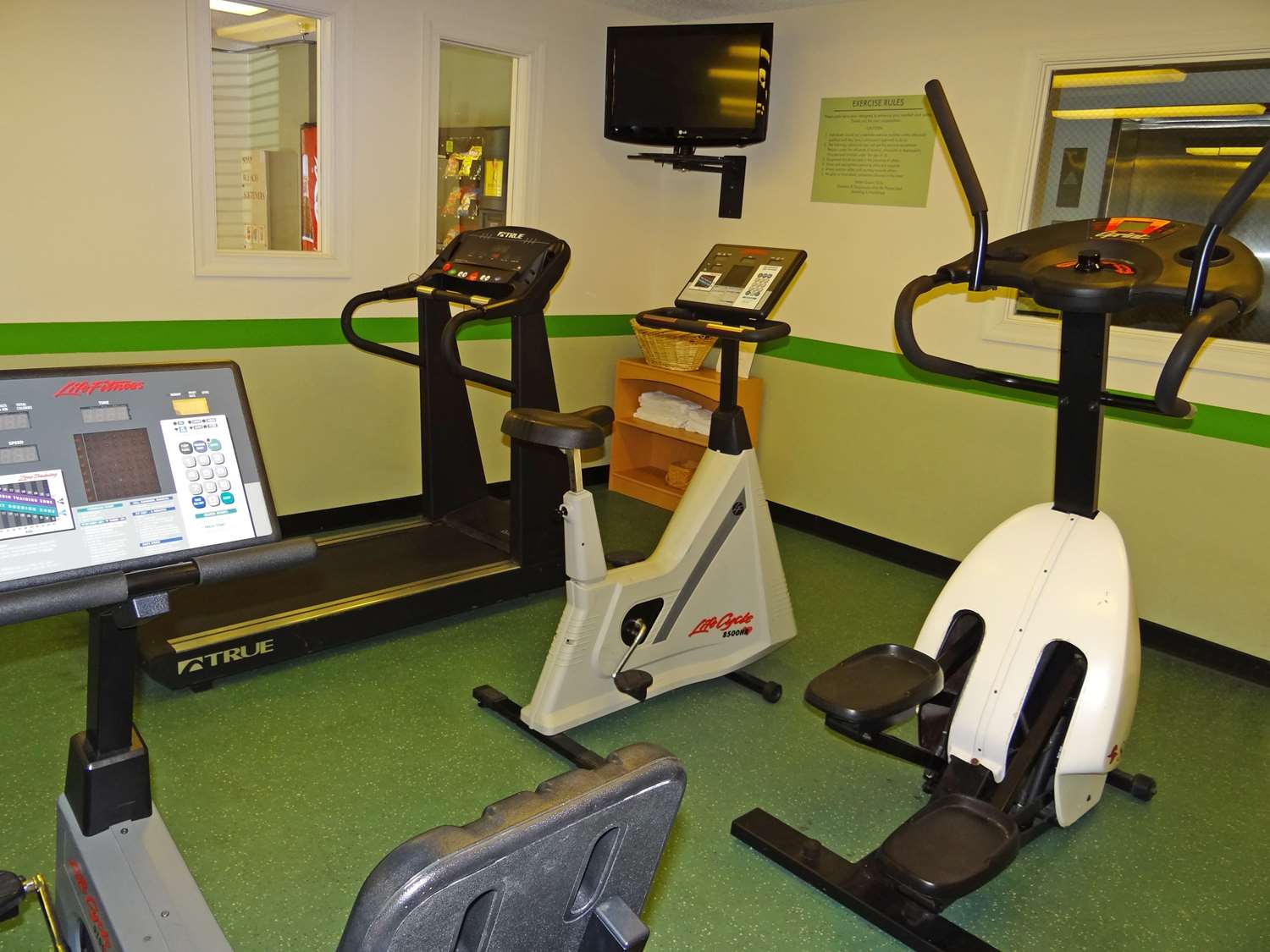 Fitness/ Exercise Room - Extended Stay America Hotel Regency Parkway South Cary