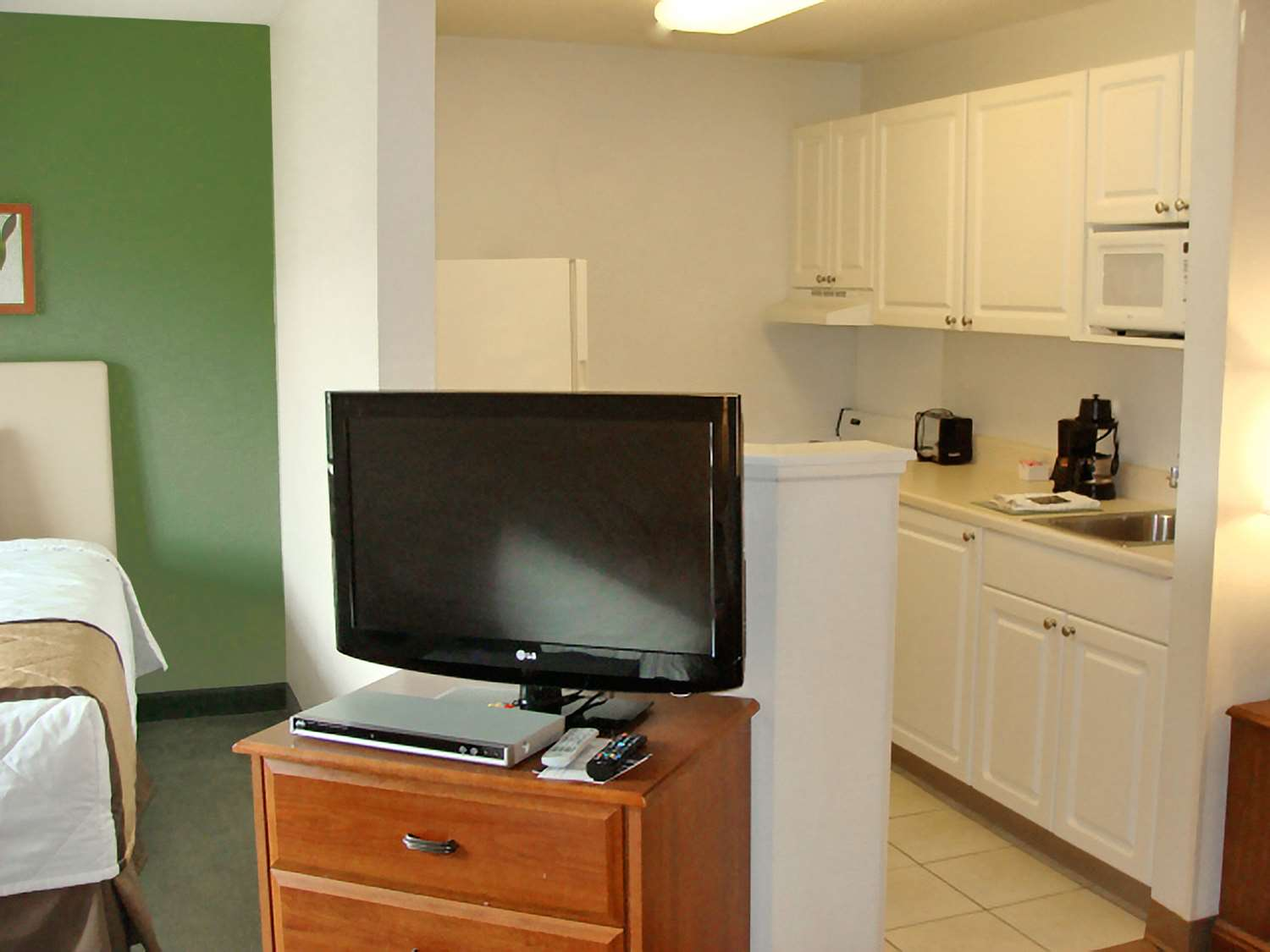 Room - Extended Stay America Hotel Pacilli Place Mt Laurel