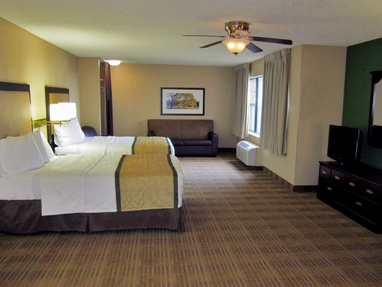 Room - Extended Stay America Hotel Urbandale