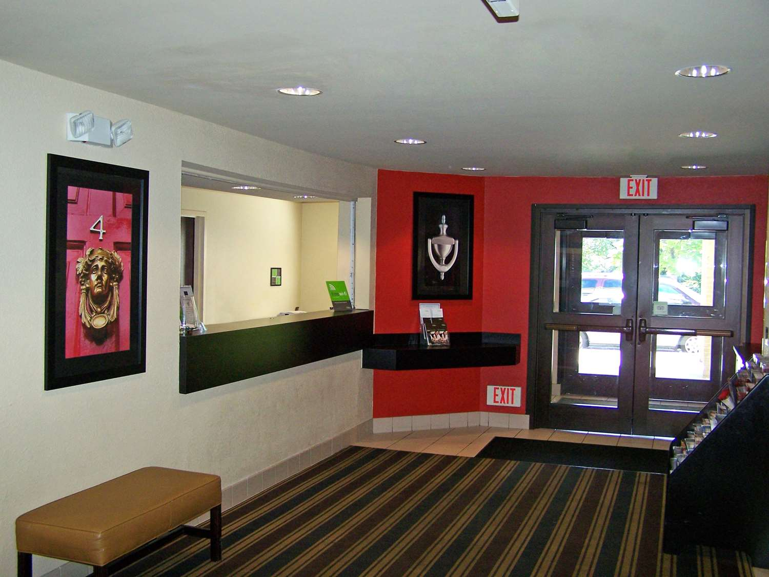 Lobby - Extended Stay America Hotel Brooklyn Center