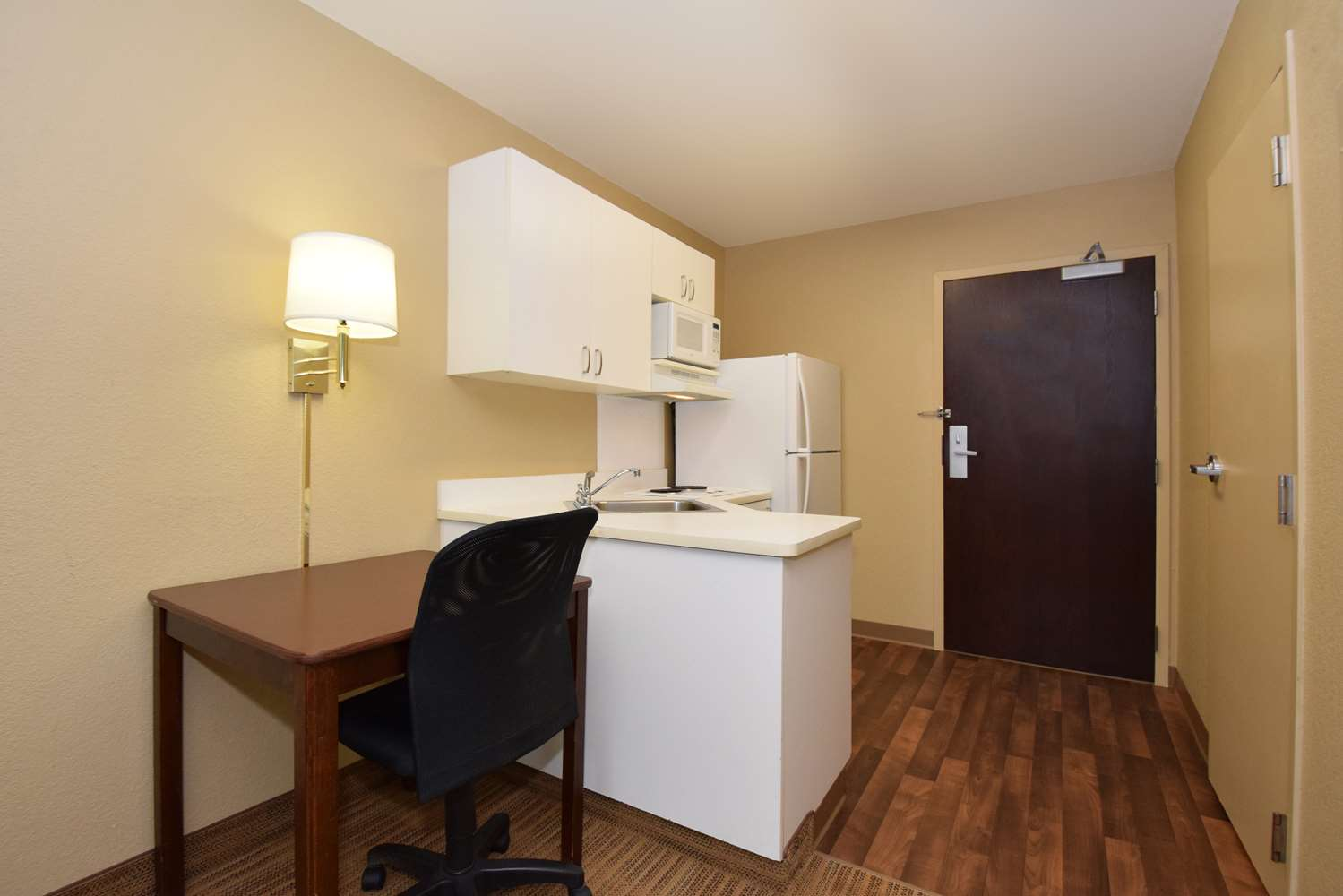 Room - Extended Stay America Hotel Champaign