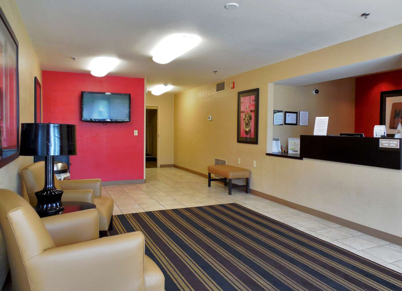 Lobby - Extended Stay America Hotel Wichita