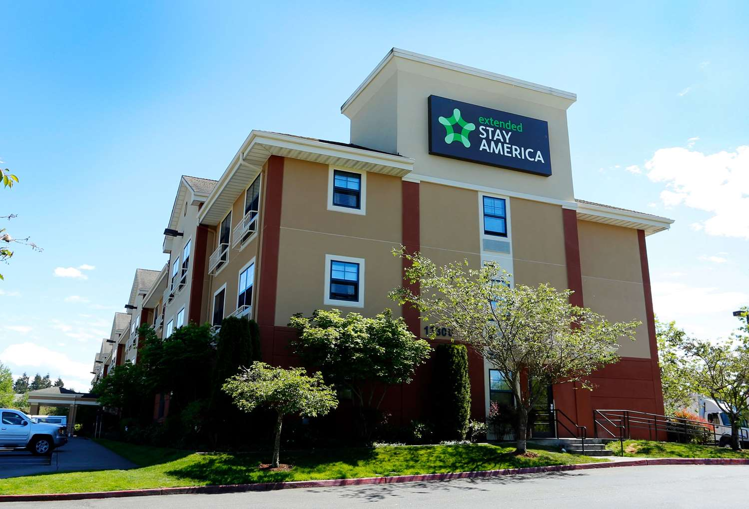 Exterior view - Extended Stay America Hotel Northgate Seattle