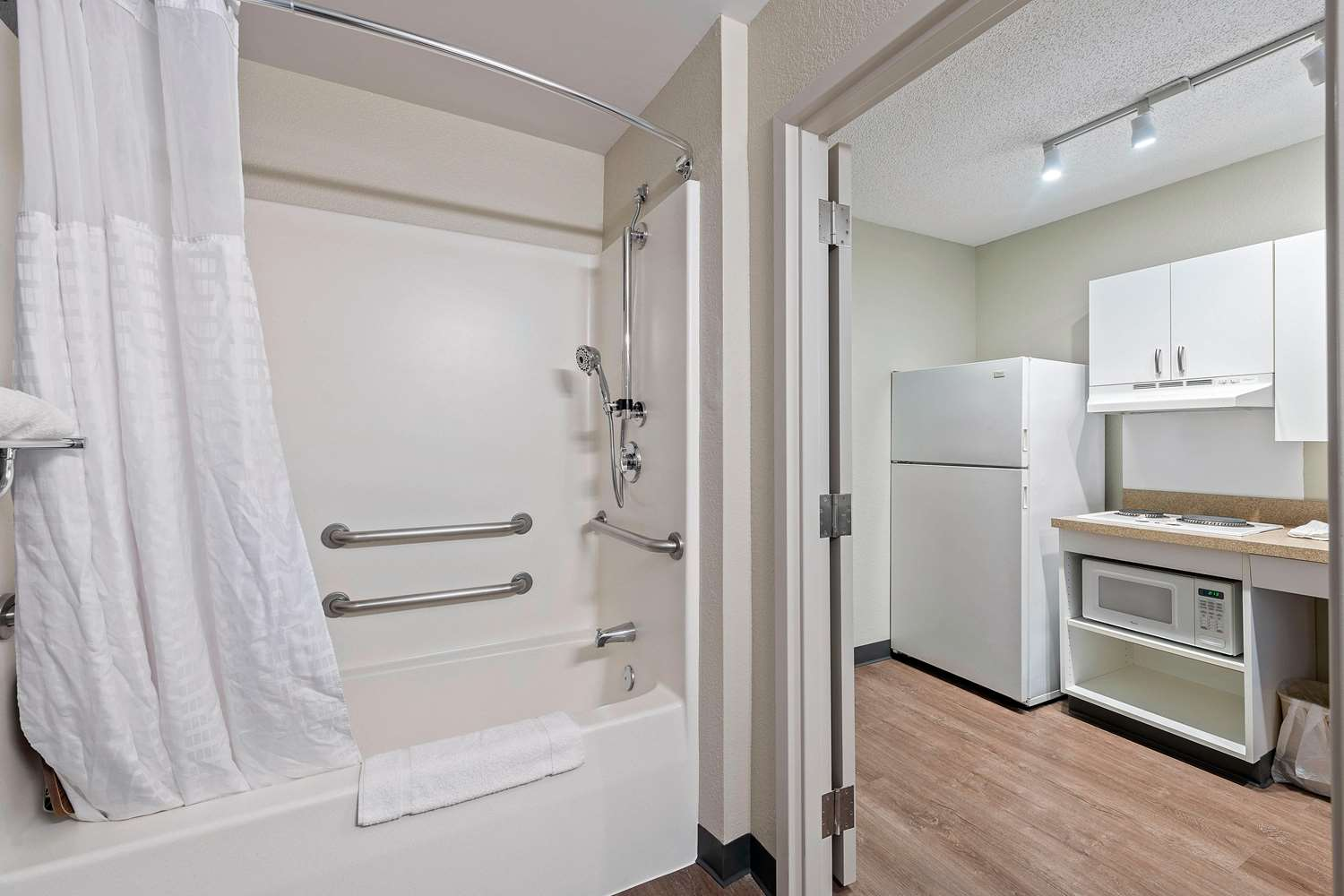 Room - Extended Stay America Hotel Union City