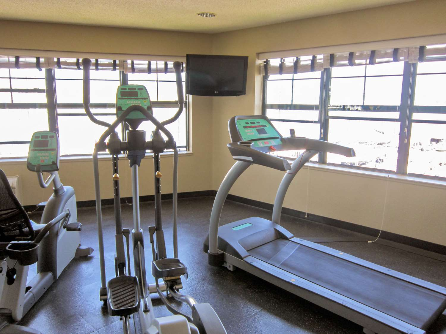 Fitness/ Exercise Room - Extended Stay America Hotel Alameda