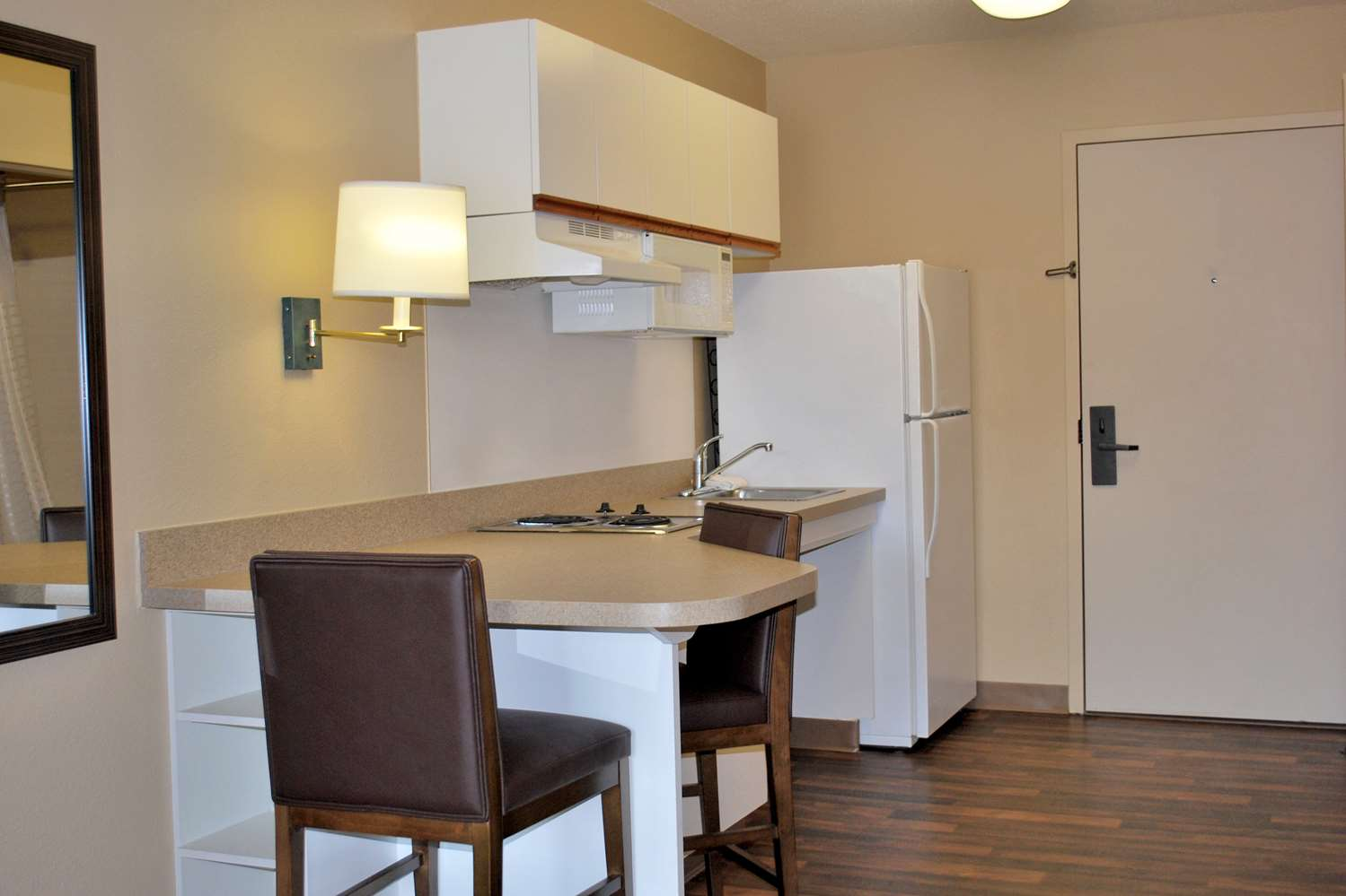 Room - Extended Stay America Hotel 52 4th Avenue Waltham