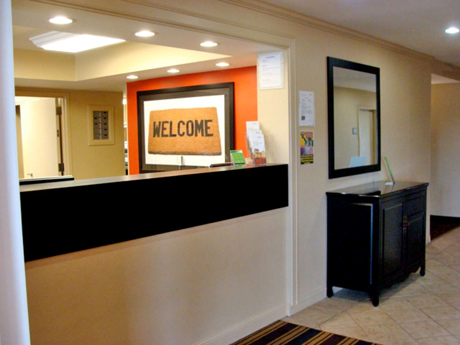 Lobby - Extended Stay America Hotel Meadowlands East Rutherford