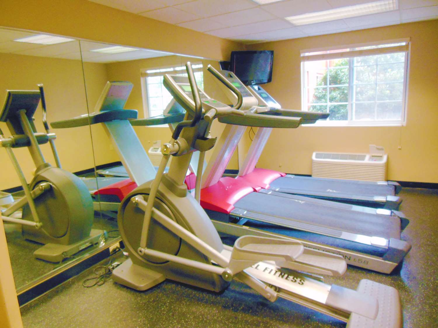 Fitness/ Exercise Room - Extended Stay America Hotel Secaucus