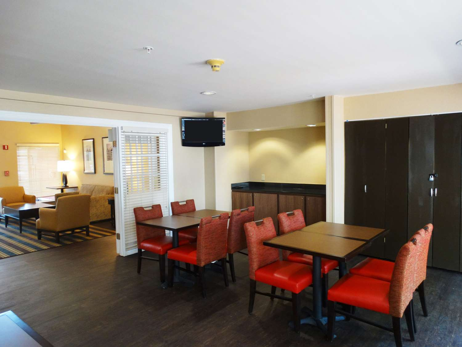 Restaurant - Extended Stay America Hotel Northeast Raleigh