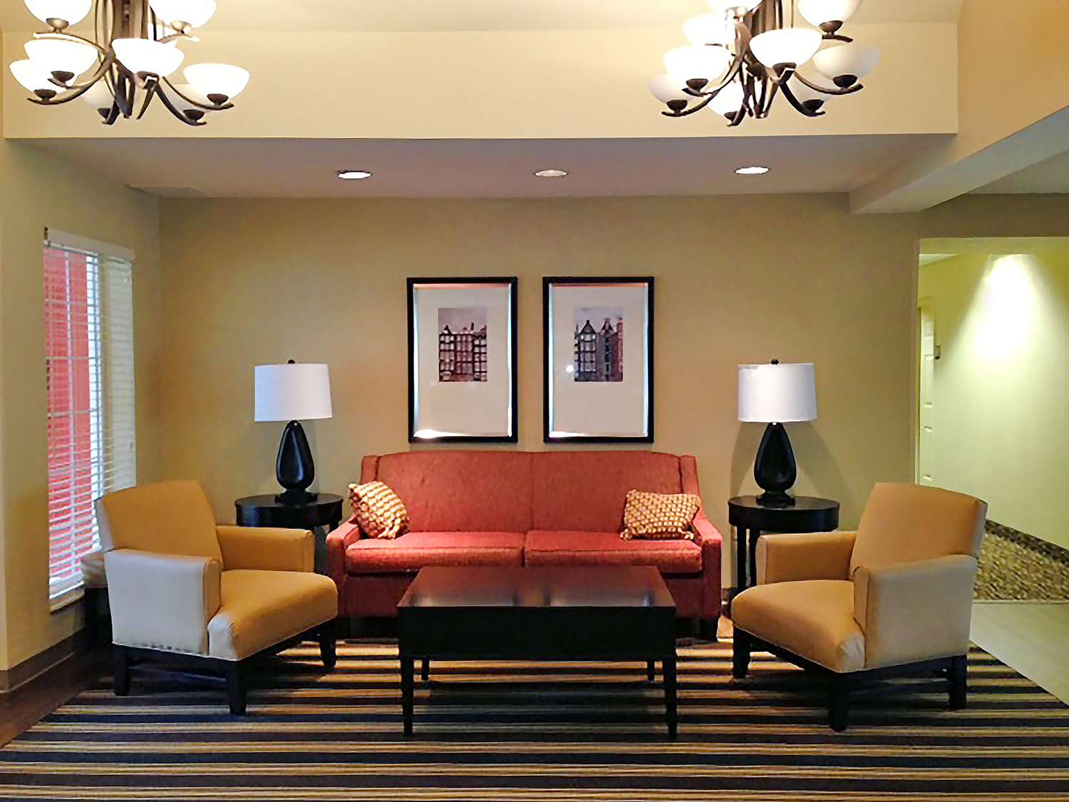 Lobby - Extended Stay America Hotel Airport Hotel Warwick