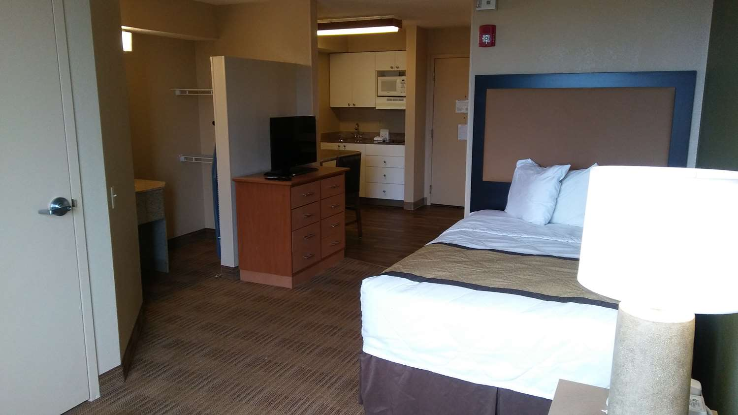 Extended Stay America Hotel Midtown Phoenix, AZ - See Discounts