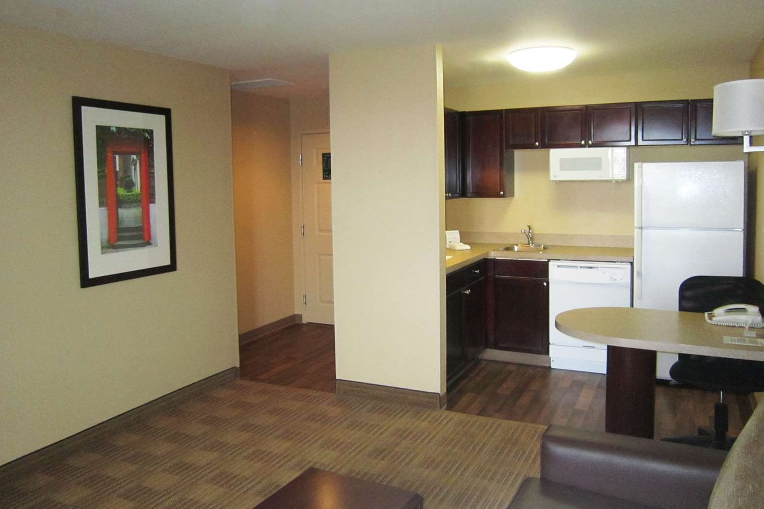 Room - Extended Stay America Hotel Metcalf Overland Park
