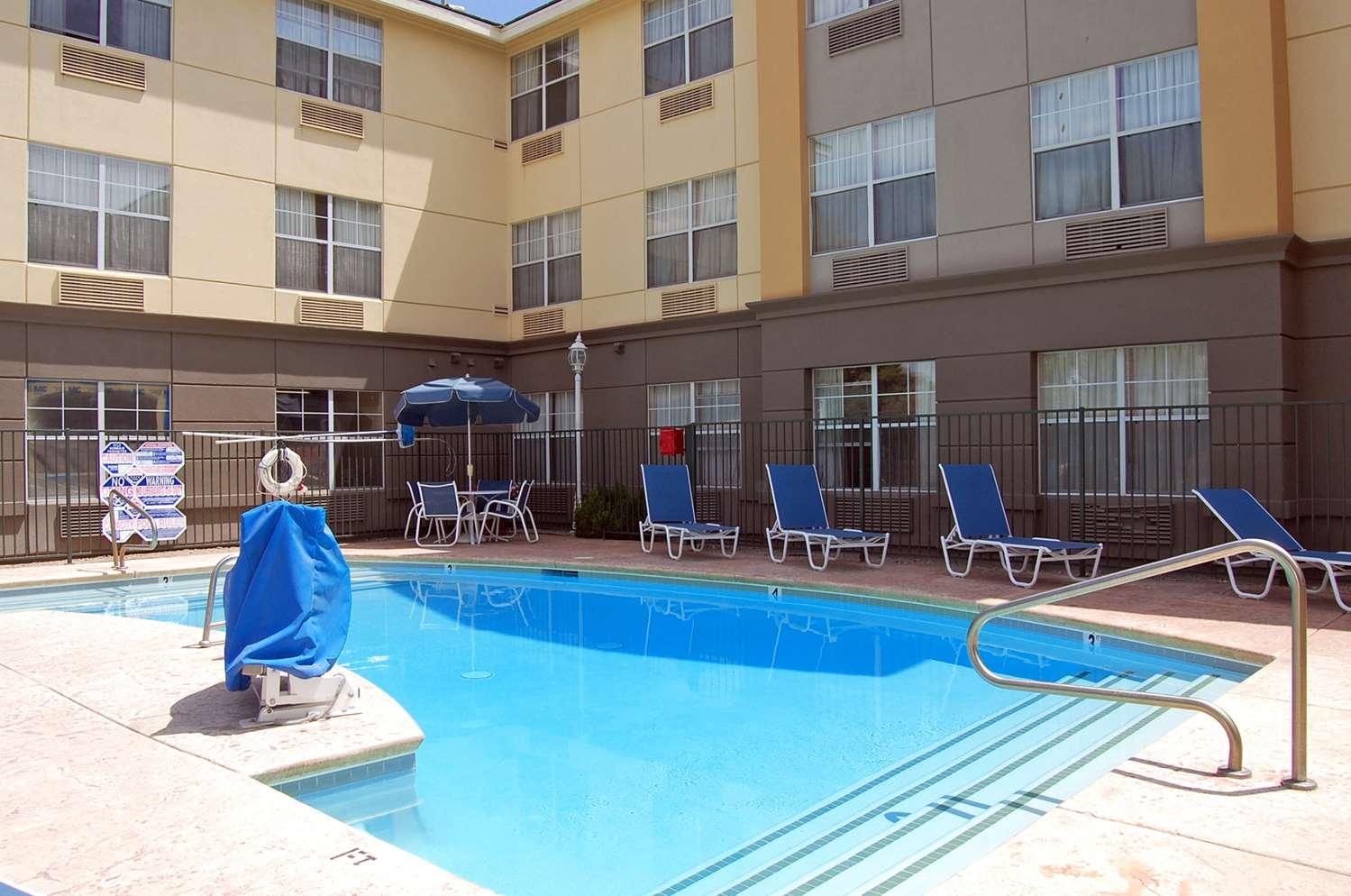 Pool - Extended Stay America Hotel Las Vegas