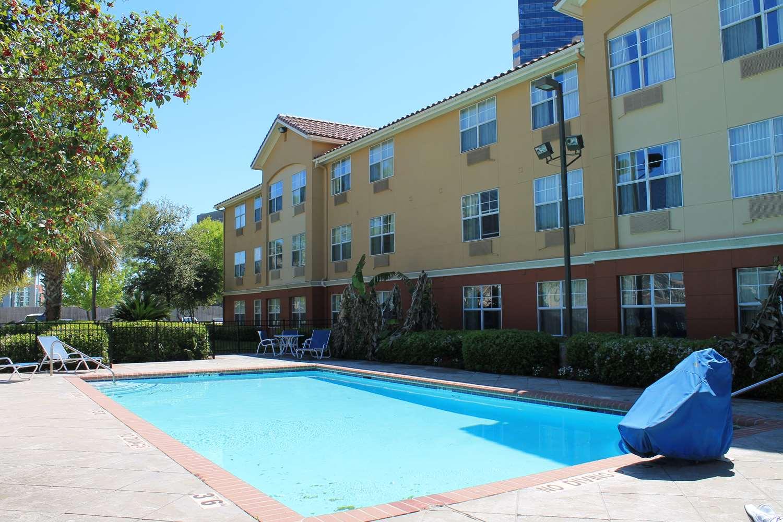 Pool - Extended Stay America Hotel Medical Center Braeswood Houston