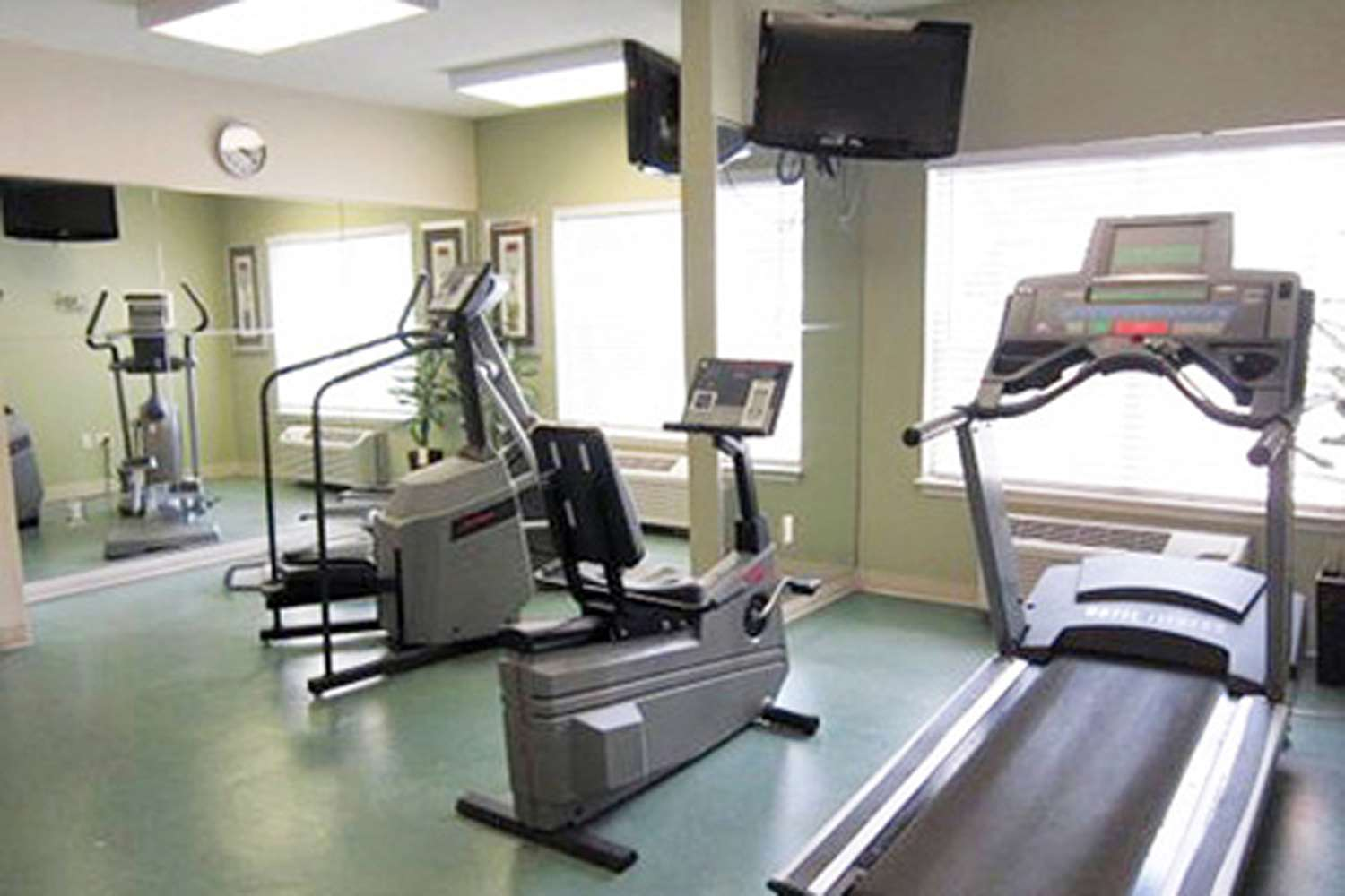 Fitness/ Exercise Room - Extended Stay America Hotel North Central Austin
