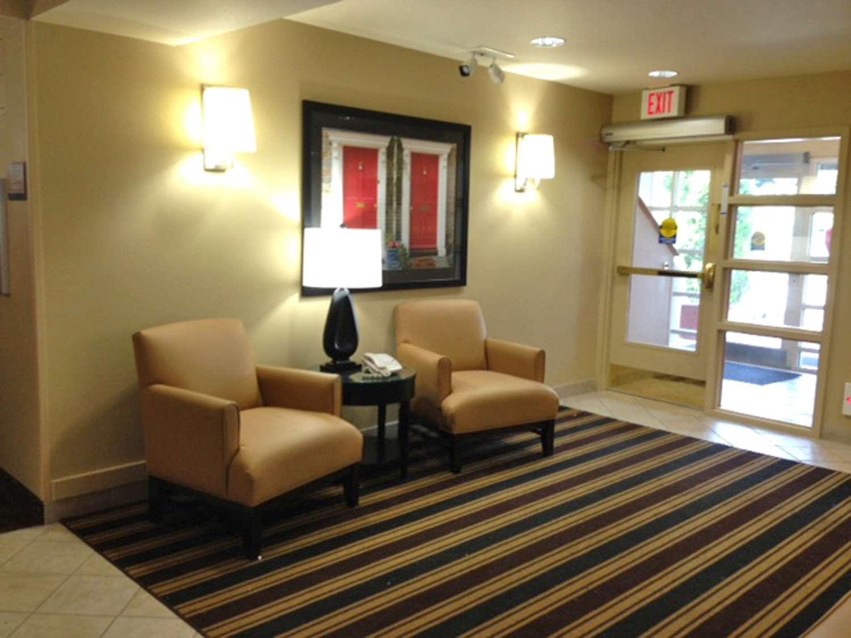 Lobby - Extended Stay America Hotel 32 4th Avenue Waltham
