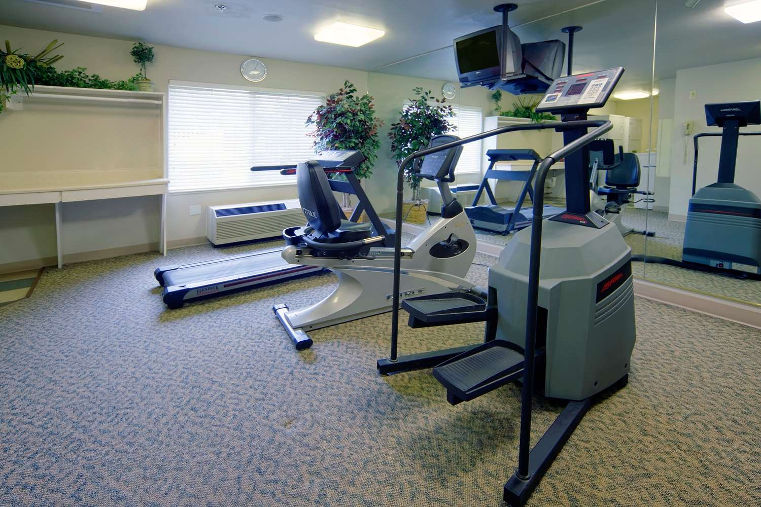 Fitness/ Exercise Room - Extended Stay America Hotel Piscataway