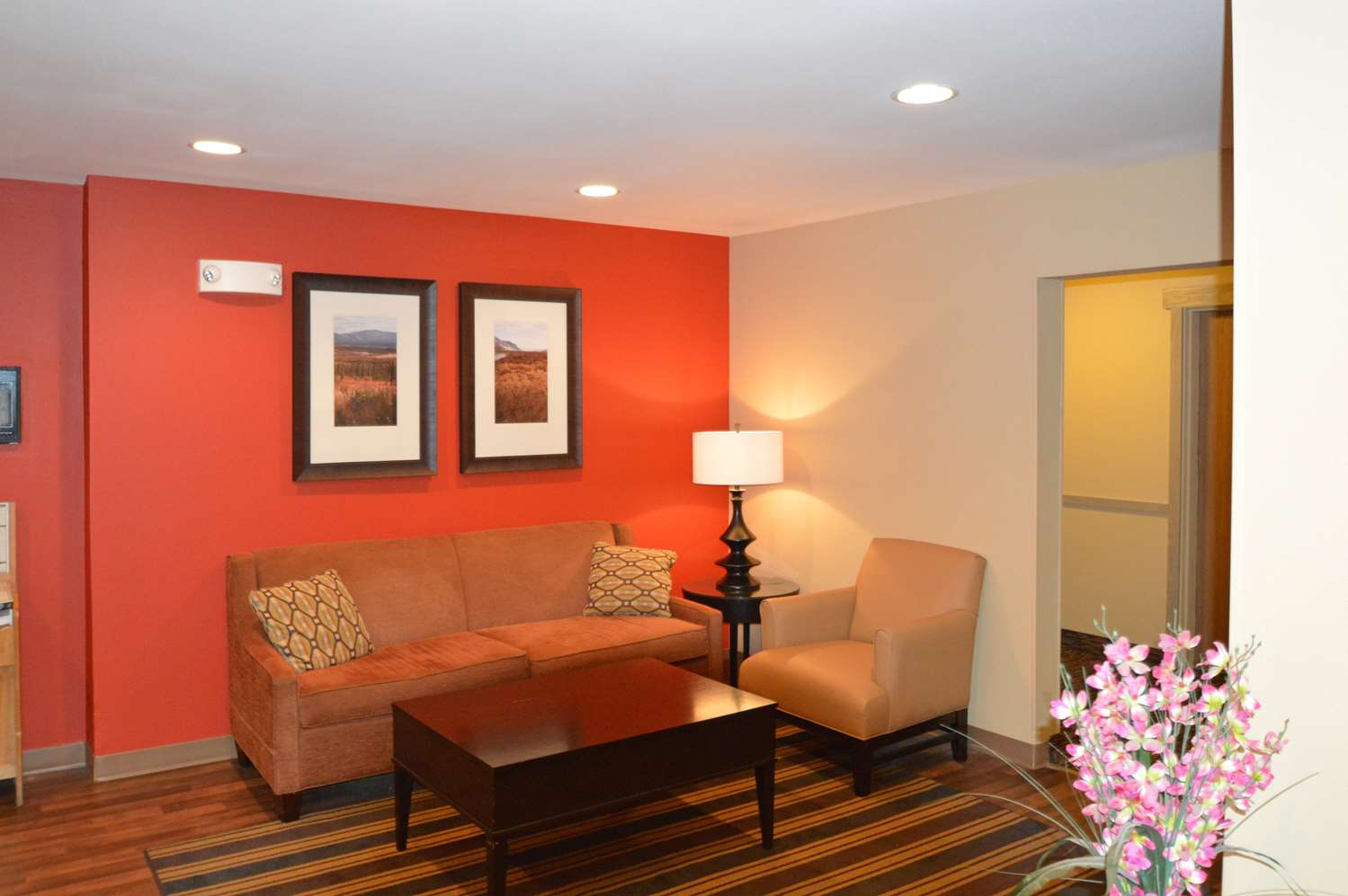 Lobby - Extended Stay America Hotel Midtown Anchorage