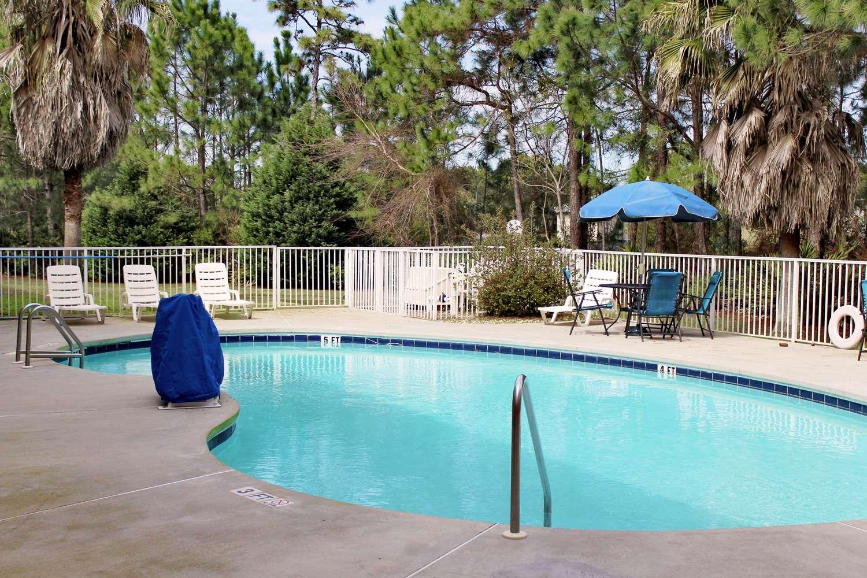 Pool - Extended Stay America Hotel Destin Beach
