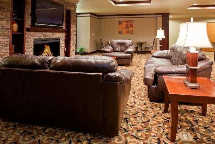 Lobby - Baymont Inn & Suites Sturgis