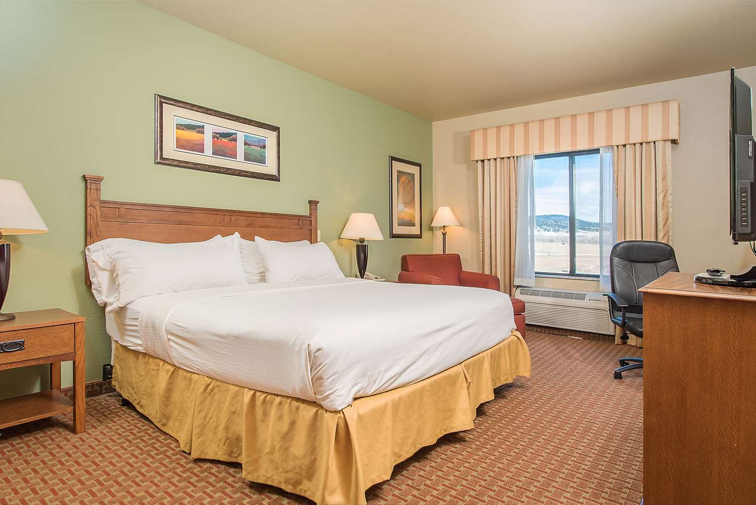 Room - Baymont Inn & Suites Sturgis